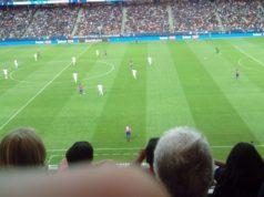 Fotbollsmatch mellan FC Barcelona och Leicester City